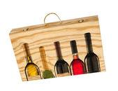 Trälåda för flaskor vin. — Stockfoto