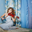 Постер, плакат: Girl and violin