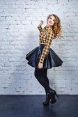 Flicka i rutiga skjortan — Stockfoto