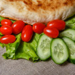 Pitbread and vegetables — Stock Photo #41041597