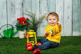 çocuk ve elma — Stok fotoğraf
