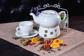 Teapot and cup of green tea — Stock Photo
