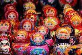 Babushka Russian traditional nesting dolls — 图库照片