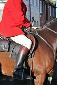 Huntsman ready for the fox hunt on horse — Stock Photo