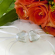 Crystal heart and orange rose — Stock Photo