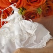 Weeding Favors and orange roses — Stock Photo