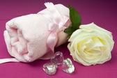 Pink hearts and crystal — Zdjęcie stockowe