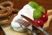 Geflochtene mozzarella — Stockfoto