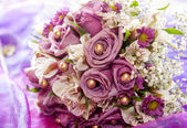 Traditional wedding flowers — Stock Photo