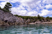 Rocky coast in Sithonia, Chalkidiki, Greece, under a cloudy sky — Stock Photo