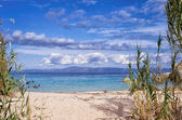 Sandy little beach in Sithonia, Chalkidiki, Greece, like a paradise — Stock Photo
