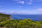 Amazing view from the top of a mountain down to the sea in Sithonia, Chalkidiki, Greece — Stock Photo