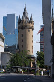 Frankfurt streets. Eschenheim Tower — Stock Photo