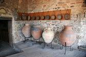 Pokój z dawnych dzbanki w klasztorze wielkiego meteora — Zdjęcie stockowe