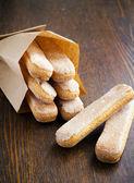 Cookies in een papieren zak — Stockfoto