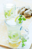 Cups of green tea with mint — Stock Photo