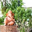 Art statue in garden — Stock Photo