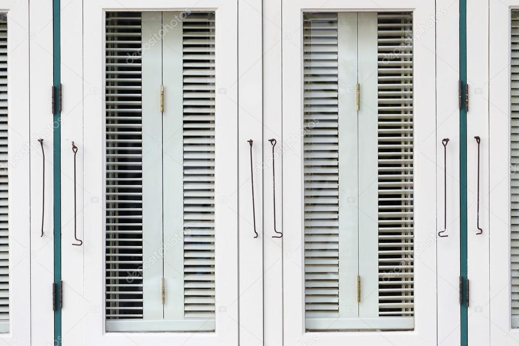 velux dachfenster rollo anbringen kindelbr ck thuringia. Black Bedroom Furniture Sets. Home Design Ideas