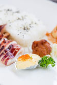 Japanese food with grilled squid — Stockfoto