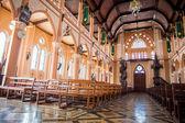 Красивый интерьер церкви — Стоковое фото