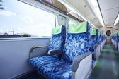 Vagão de trem vazio dentro da vista de um comboio de execução — Foto Stock