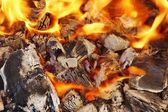 Burning Coal Bright Flame BBQ, XXXL — Stock Photo