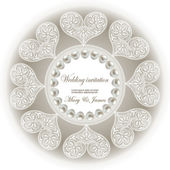 Wedding invitation decorated with white lace hearts and pearls — Vector de stock