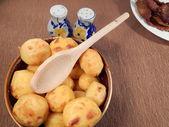 Pieczone ziemniaki i pieczonej wieprzowiny — Zdjęcie stockowe