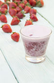 Strawberry shake in a glass — Stock Photo