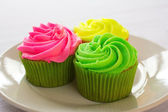 Bright colorful cupcakes — Stock Photo
