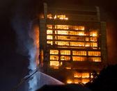 15 12 2013 Guangzhou China building on fire big fires news — Stok fotoğraf