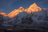 Mount everest-sonnenuntergang — Stockfoto
