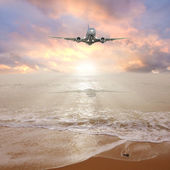 Plane before landing. — Stock Photo