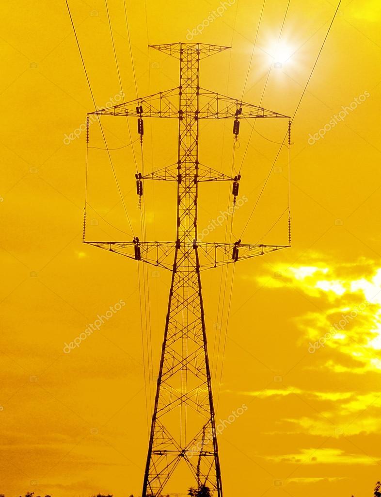 日落时的电力铁塔 — 图库照片08sommaill