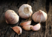 Organic garlic — Stock Photo