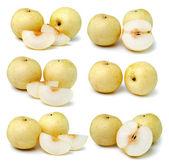 Päron i närbild på en vit bakgrund — Stockfoto