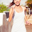 Young woman urban exercising — Stock Photo