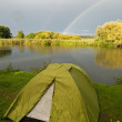 Campsite Alongside lake — Stock Photo