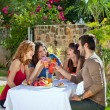 Couples enjoying a healthy outdoor lunch — Stock Photo