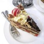 A piece white cream cake — Stock Photo