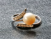 Ring with pearl — Stock Photo