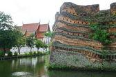 Chiangmai moat and ancient wall ,Thailand — Stock Photo