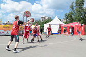 PERM, RUSSIA - JUN 13, 2013: Youth Basketball Tournament at fest — Stock Photo