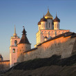 Morning falls on the Pskov Kremlin — Stock Photo