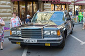 State limousine ZIL-41014 at the rally Gorkyclassic about Gum, front view,  MOSCOW, RUSSIA — Stock Photo