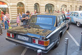 State limousine ZIL-41014 at the rally Gorkyclassic, rear view, MOSCOW, RUSSIA — Stock Photo