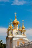 Petergof, The East chapel, one of a pair flanking the central building, Russia, St Petersburg — Stock Photo