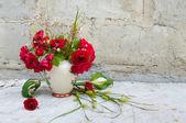 Martwa natura bukiet z czerwonych róż — Zdjęcie stockowe