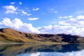 Sjön yamdrok — Stockfoto