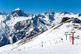Kabelbaan hoog in de bergen — Stockfoto